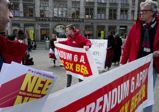 Demonstrators call for a NO vote in Wednesday's upcoming EU-Ukraine referendum, in Amsterdam, Netherlands, Sunday, April 3, 2016