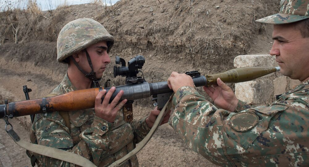 Soldiers of the army of the self-proclaimed Nagorno-Karabakh Republic (File)