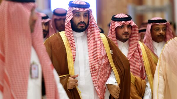 Saudi Defence Minister Mohammed bin Salman (2nd L), who is the desert kingdom's deputy crown prince and second-in-line to the throne, arrives at the closing session of the 4th Summit of Arab States and South American countries held in the Saudi capital Riyadh, on November 11, 2015 - Sputnik International