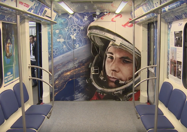 'Let's go!' Ride the 'Space Train' in Moscow Metro