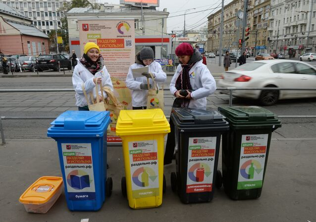Mobile waste sorting and collection points