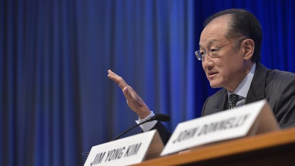 World Bank President Jim Yong Kim speaks at a press conference during the 2016 International Monetary Fund, World Bank Spring Meetings at IMF headquarters on April 14, 2016 - Sputnik International