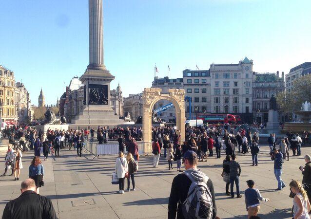 Palmyra's Arch of Triumph recreated in London's Trafalgar Square.