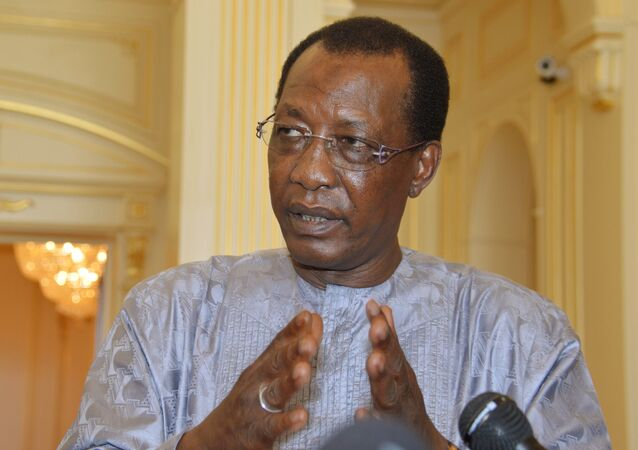 Chadian President Idriss Deby answers questions from journalists at the presidential palace in N'Djamena, Chad, April 20, 2016.