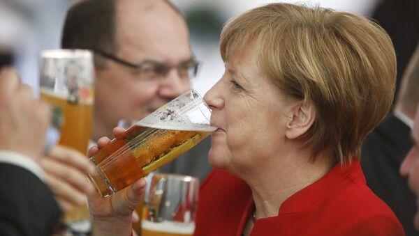 German Chancellor Merkel attends 500th anniversary ceremony of the German Beer Purity Law in Ingolstadt. - Sputnik International