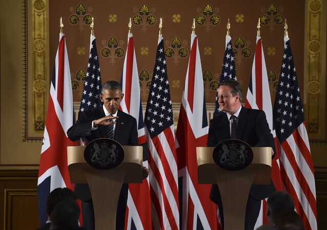 US President Barack Obama (L) talks during a press conference with then Britain's Prime Minister David Cameron (R) at the Foreign and Commonwealth Office in central London on 22 April 2016 following a meeting at Downing Street.