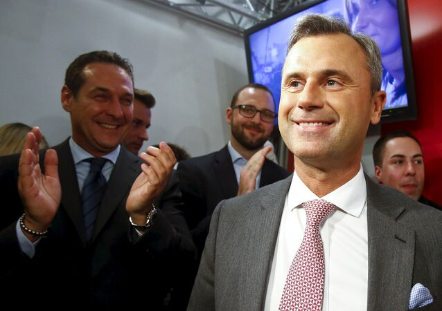 Presidential candidate Norbert Hofer (R) and head of the Austrian Freedom party Heinz-Christian Strache (L) react at the party headquarter in Vienna, Austria, April 24, 2016