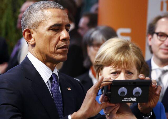German Chancellor Angela Merkel and US President Barack Obama in Hanover, Germany April 25, 2016.