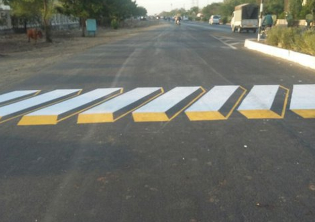 Virtual Safety: India To Paint 3D Speed-Bumbs on Highways and Busy Roads
