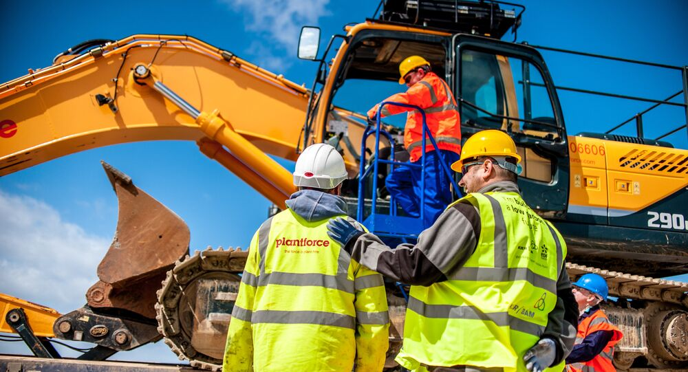 Contractors on site at Hinkley Point C, May 2014.