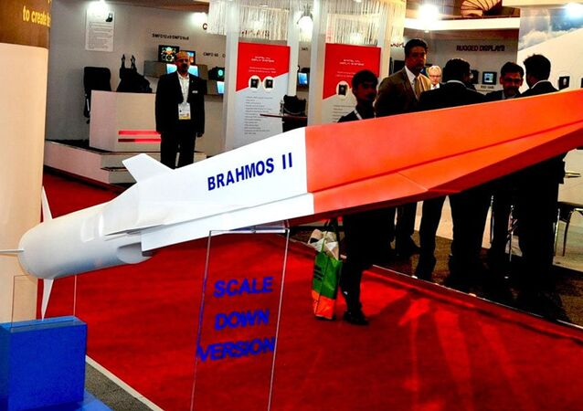 India is due to test the air-launched version of the supersonic Russian-Indian BrahMos cruise missile in the next three months, according to the Russian newspaper Rossiyskaya Gazeta