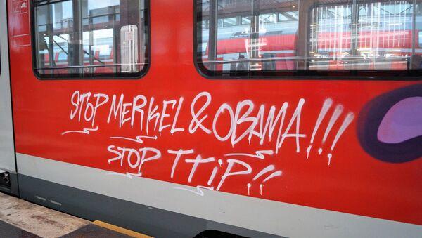 Anti-TTIP Graffitti - Sputnik International