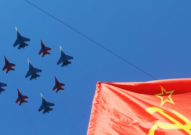 Sukhoi Su-27 twin-engine supermaneuverable fighter aircraft during the 71st Victory Day Parade in Moscow
