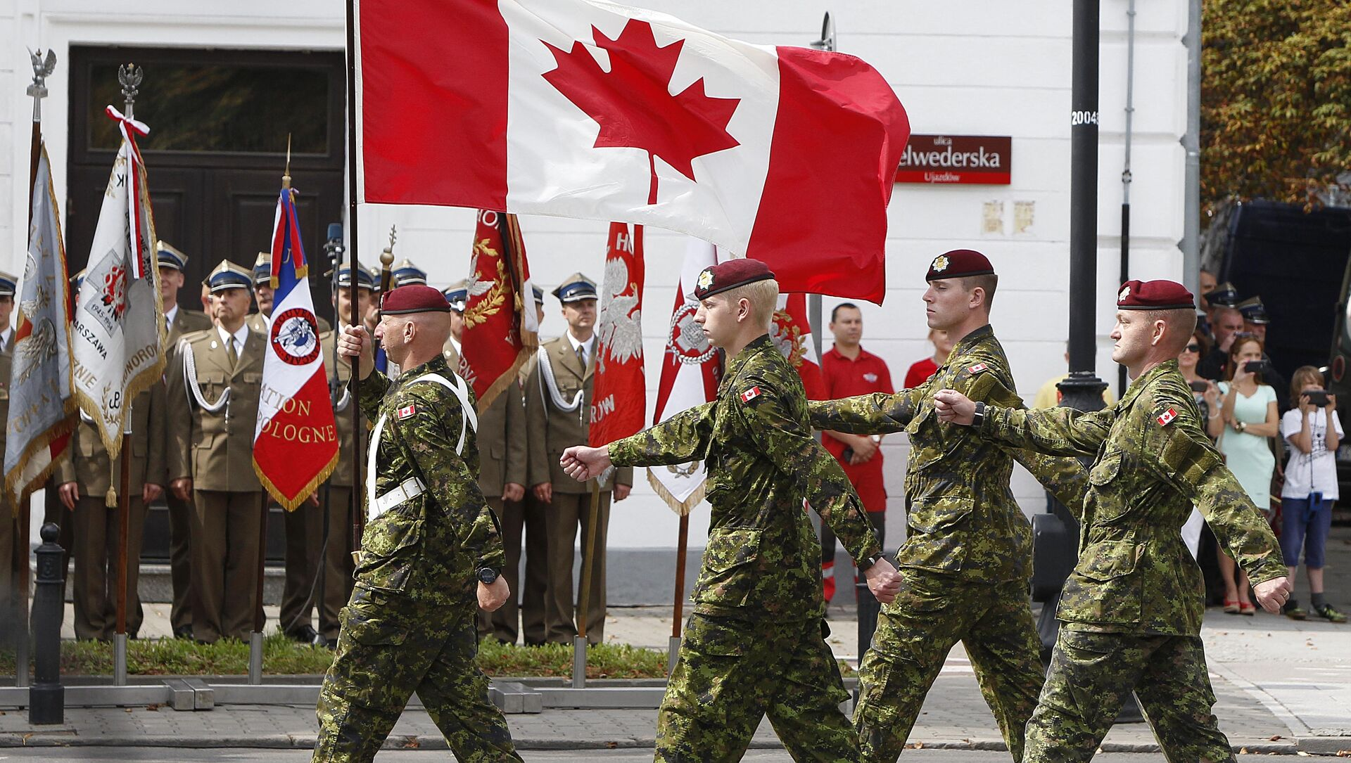 A military unit from Canada marches during a military parade marking Polish Armed Forces Day, in Warsaw, Poland (File) - Sputnik International, 1920, 15.06.2021