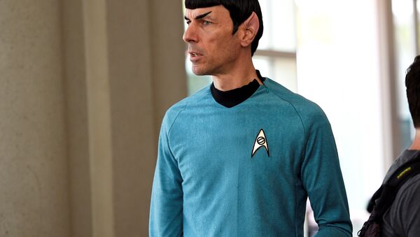 A man dressed as Mr. Spock from the television show Star Trek attends the first day of Comic Con International in San Diego, California, July 9, 2015. - Sputnik International