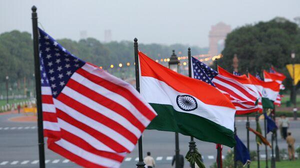 U.S. and Indian flags. File photo - Sputnik International