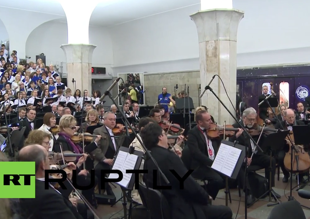 Russia: Bolshoi musicians perform nighttime concert in Moscow's metro