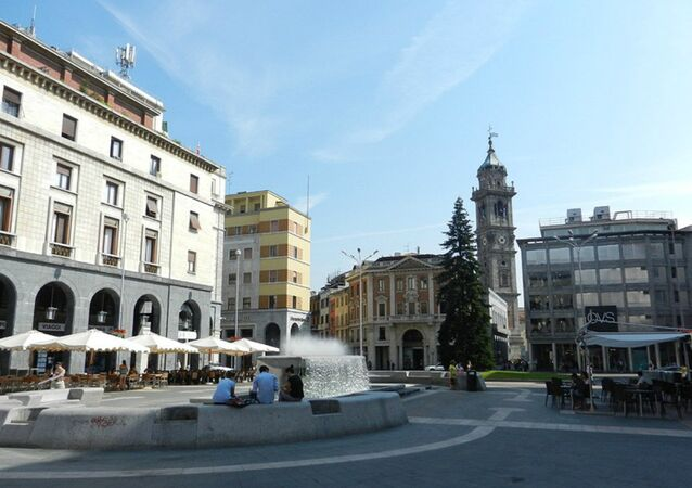 Piazza Monte Grappa, Varese.