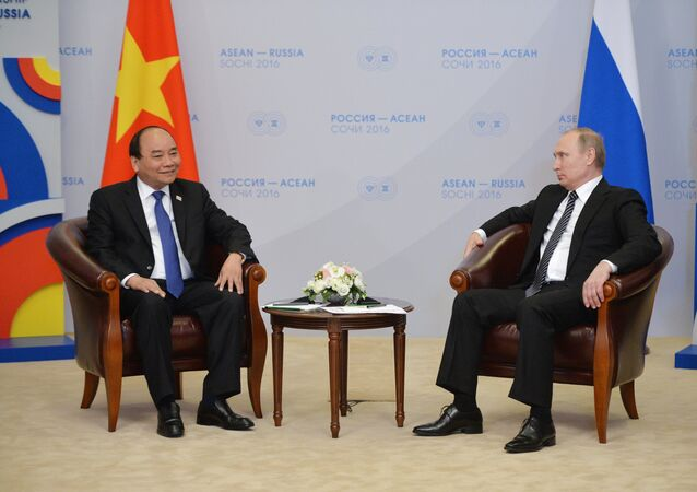 19 May 2016. Russian President Vladimir Putin, right, and Prime Minister of Vietnam Nguyen Xuan Phuc during a bilateral meeting on the sidelines of the ASEAN-Russia Summit at the Radisson Blu Resort & Congress Centre in Sochi