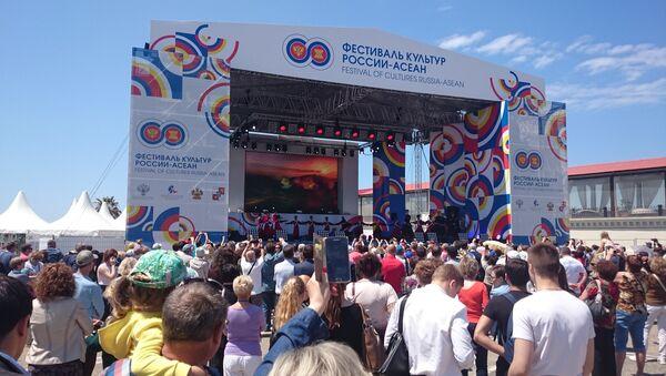 Sochi ASEAN cultures festival - Sputnik International
