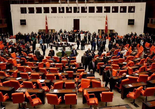 Turkish lawmakers attend a debate at the Turkish parliament in Ankara, Turkey, May 20, 2016.