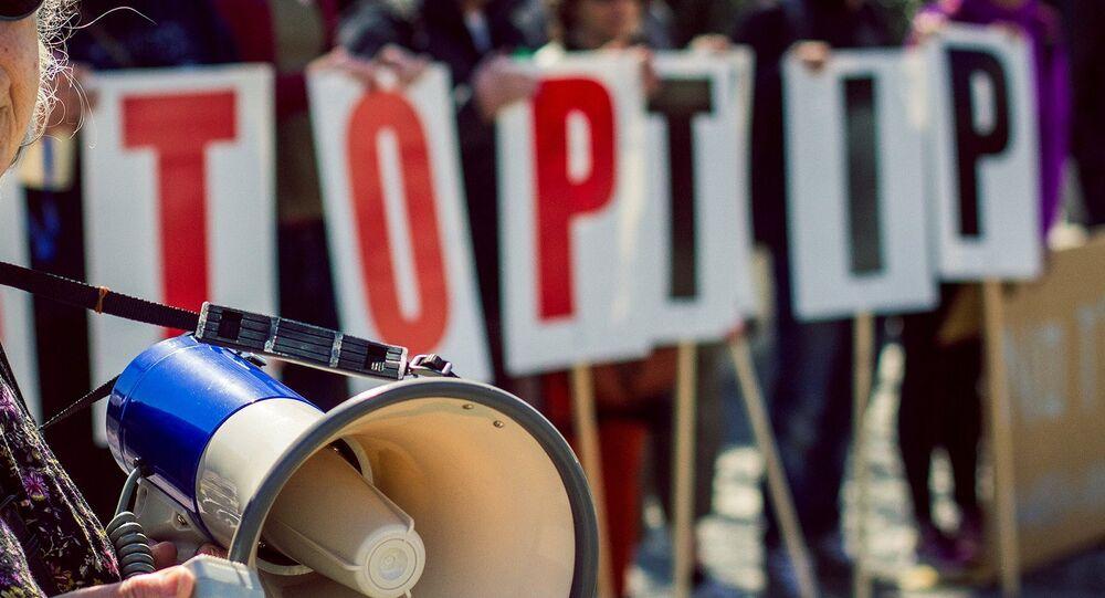 Stop TTIP demo in Bristol, UK