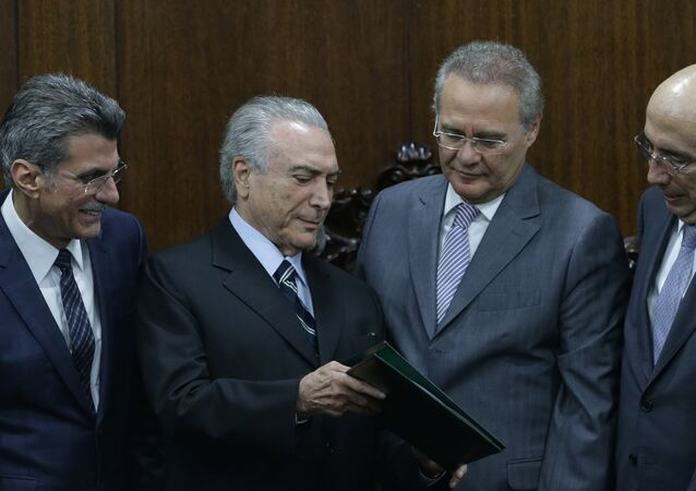Michel Temer joined by allies Renan Calherios, Romero Juca, and Henrique Meirelles