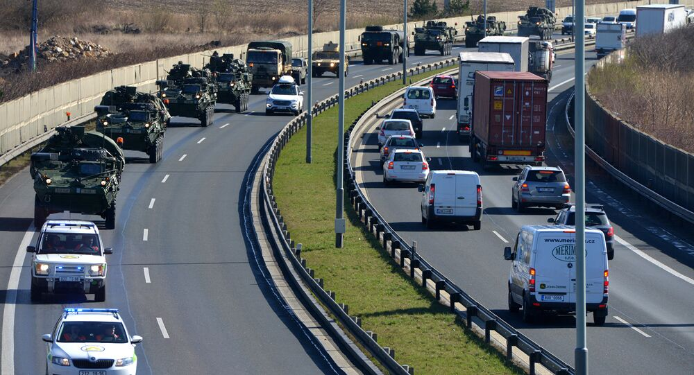 US military convoy arrives in Prague (File)