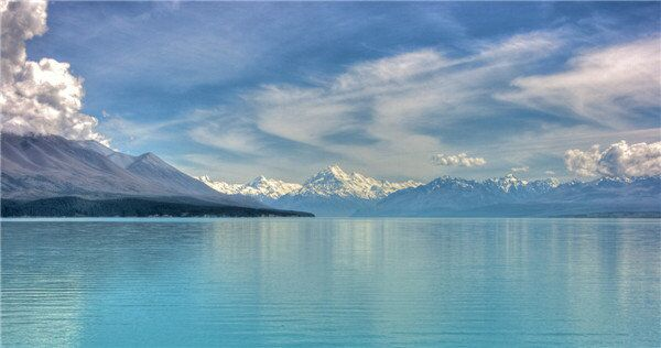 The Hobbit location: Lake-town - Lake Pukaki, Mt Cook. Lake Pukaki is a shimmering blue jewel that sets against a backdrop of Aoraki/Mountain Cook, the highest mountain in New Zealand
