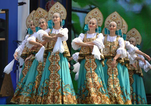 Cradle of Culture: Russian Village Turns Into Splendid Folklore Venue