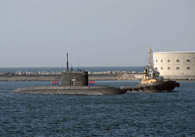 The Black Sea Fleet's Novorossiysk submarine arriving in the Sevastopol harbor.
