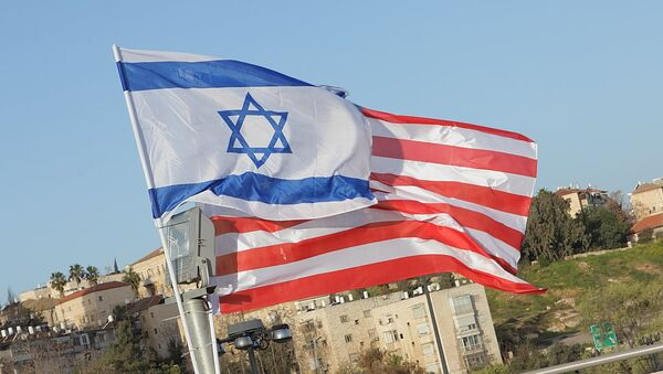 Israeli Flag Masks Stars on US Flag - Sputnik International