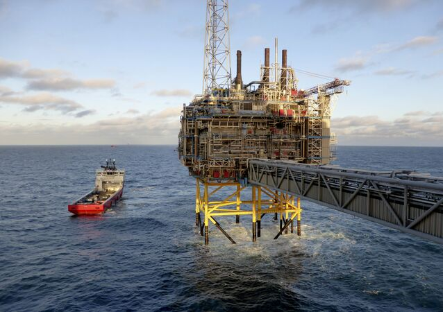 Oil and gas company Statoil gas processing and CO2 removal platform Sleipner T is pictured in the offshore near the Stavanger, Norway, February 11, 2016