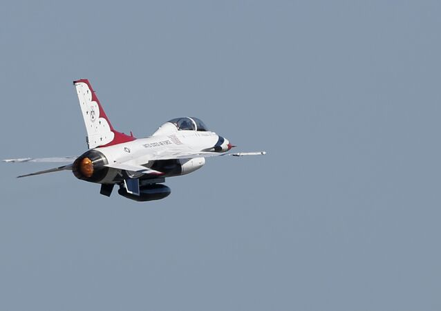 US Air Force Thunderbirds' F-16 aircraft