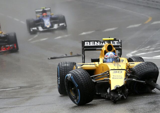 Formula One - Monaco Grand Prix - Monaco - 29/5/16.  Renault F1 driver Jolyon Palmer's car is seen after he crashed.