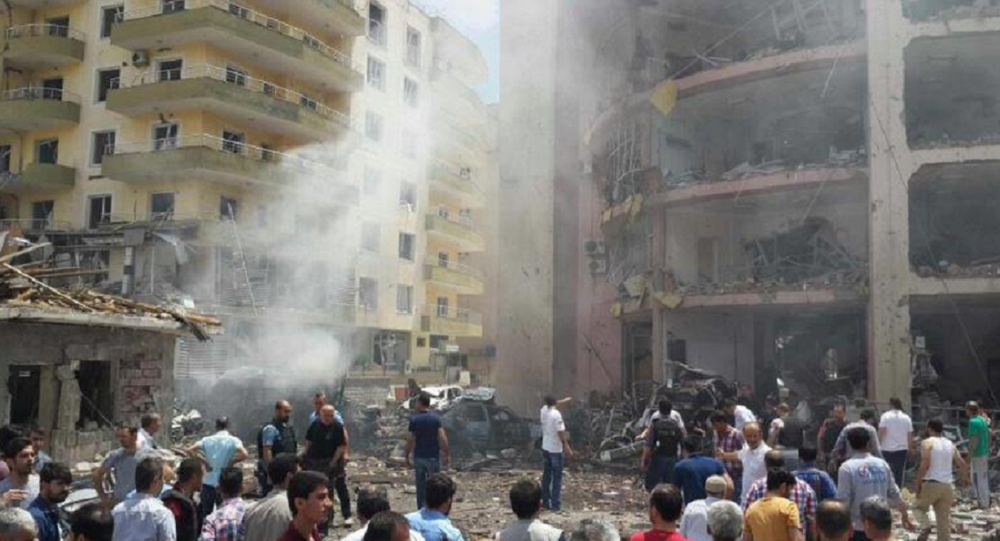 Car Bomb Explosion Hits Police Station in Turkish Province of Mardin