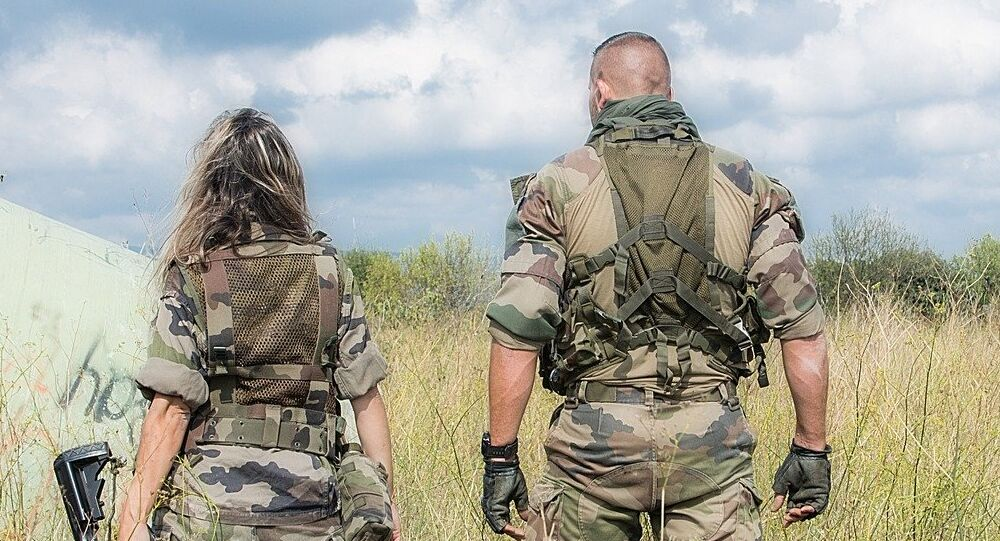 Female and male soldiers