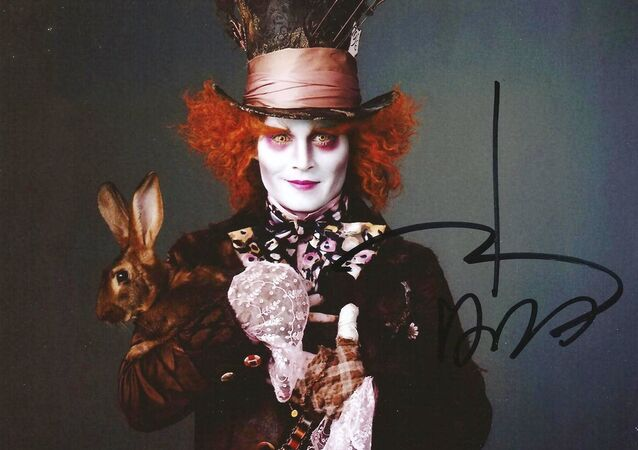 Johnny Depp Mad Hatter Alice in Wonderland