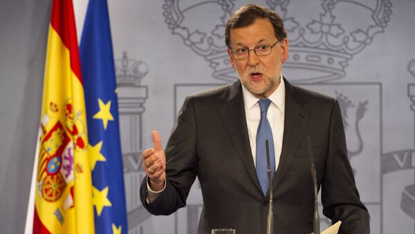 Spanish Prime minister Mariano Rajoy gives a press Conference after meeting with Spanish King, at La Moncloa palace in Madrid on February 26, 2016. - Sputnik International