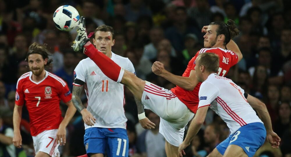 From left: Wales' Joe Allen, Russia's Pavel Mamayev, Wales' Gareth Bale, and Russia's Denis Glushakov during the UEFA Euro 2016 group stage match between the Russian and Welsh national team