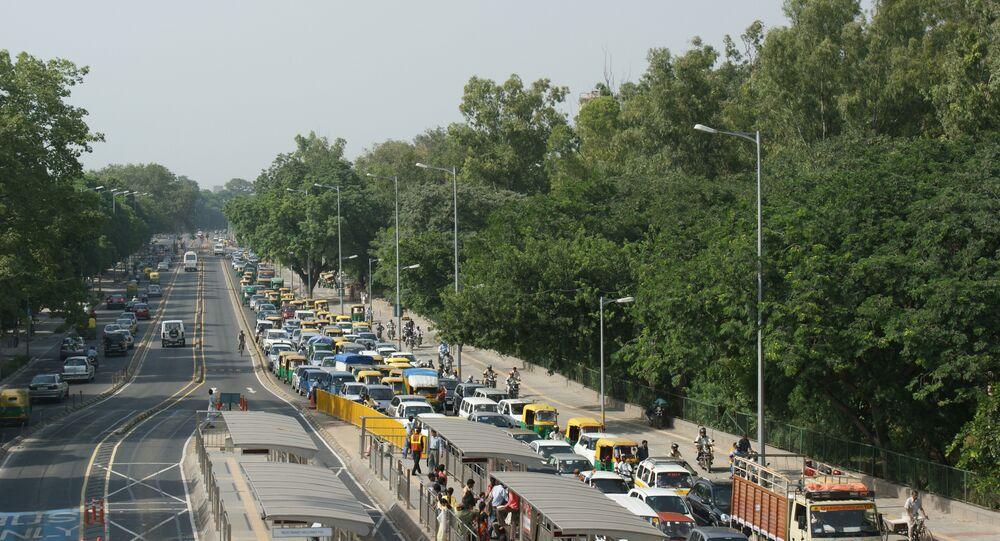 Delhi Road and Traffic