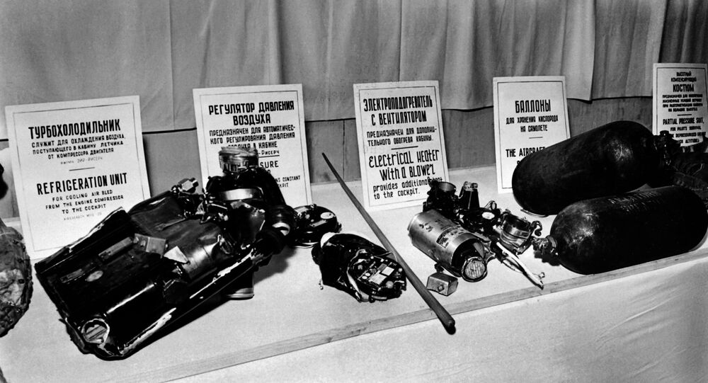 Parts of the U2 american plane shot down on May 1, 1960 over Soviet Union are displayed, on May 14, 1960 in Moscow. (File)