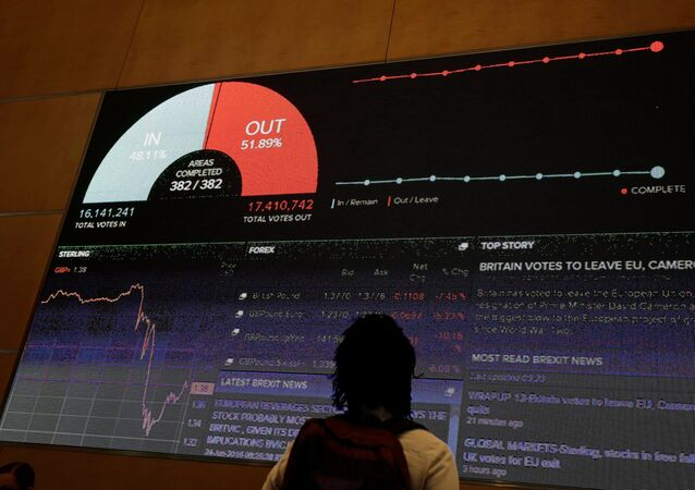A screen shows the referendum result and market information at Thomson Reuters offices in London, Britain June 24, 2016 after Britain voted to leave the European Union.