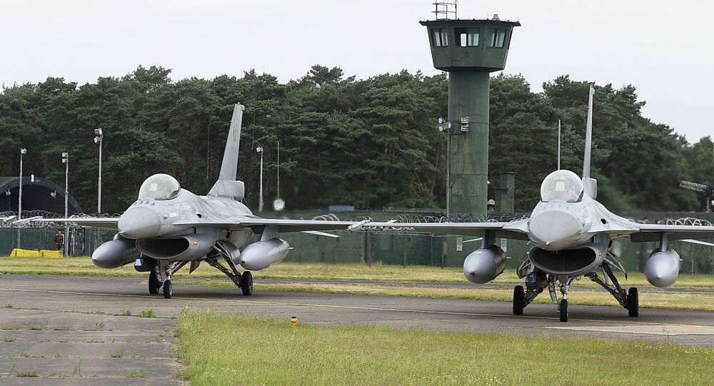 A picture taken on June 27, 2016 shows the departure of six planes of the Belgian army, F-16 fighter jets at themilitary airbase in Kleine Brogel, Peer to participate in the Operation Guardian Falcon (ODF) as part of the international mission against Islamic State (IS) in Middle East