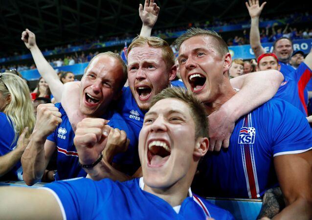 Football Soccer - England v Iceland - EURO 2016 - Round of 16