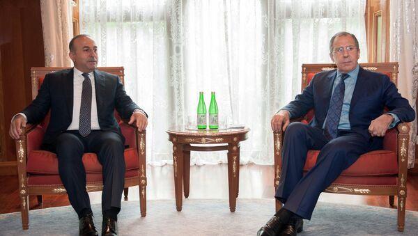 Russian Foreign Minister Sergei Lavrov, right, and Turkish Foreign Minister Mevlut Cavusoglu (File) - Sputnik International