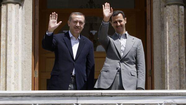 Syrian President Bashar al-Assad (R) and Turkish President Erdogan Recep Tayyip Erdogan (File) - Sputnik International
