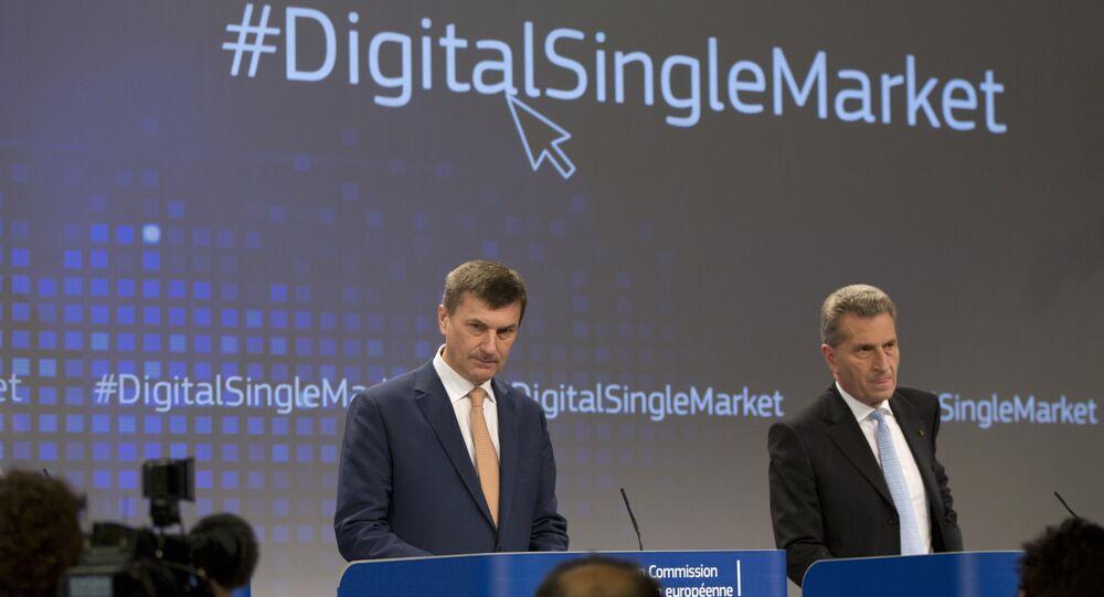 European Commissioner for Digital Single Market Andrus Ansip, left, and European Commissioner for Digital Economy Guenther Oettinger  (File)