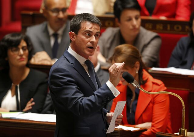 French Prime Minister Manuel Valls speaks during the questions to the government session at the National Assembly in Paris, France, July 6, 2016
