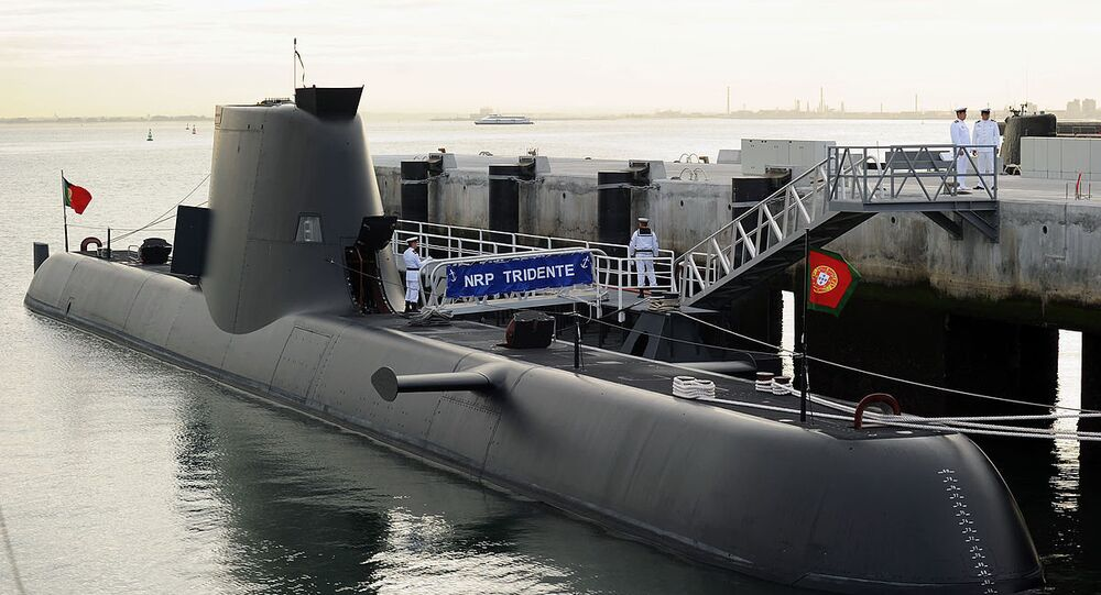 Portugal's Tridente-class submarine on its arrival to Alfeite naval base
